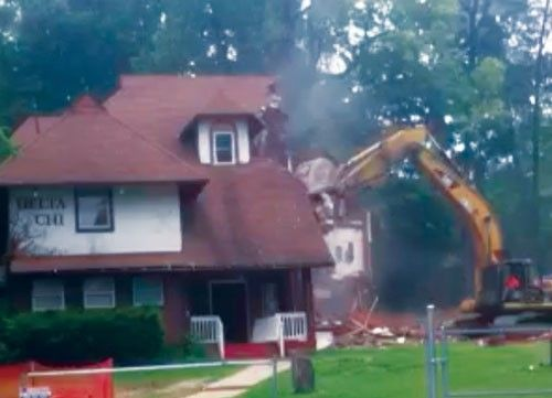 House-Demolition_June-30,-2015